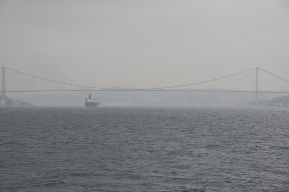 Bosporus met brug