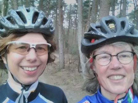 Nancy en ik in het bos